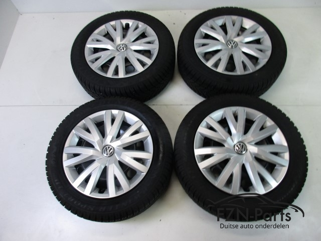Vw Golf Sportsvan 16 Inch Velgen Set Winterbanden 5q0601027q