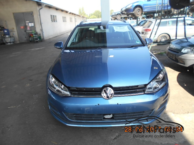 vw golf 7 voorkop halogeen 2 0 tdi la5j blauw fzn parts. Black Bedroom Furniture Sets. Home Design Ideas